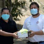 Se entregan insumos y equipos a elementos del Cuerpo de Bomberos y PC de Huatulco